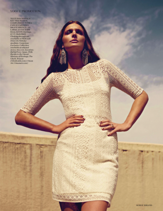 vogue-uk-desert-rose